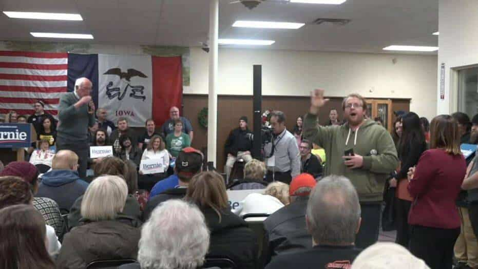 Trump supporter grabs spotlight at Sanders event with a message for the president