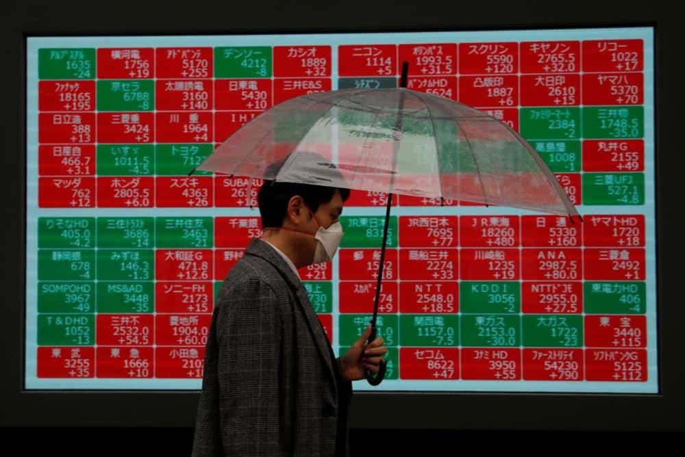 Asian stock markets reverse losses on global policy stimulus hopes