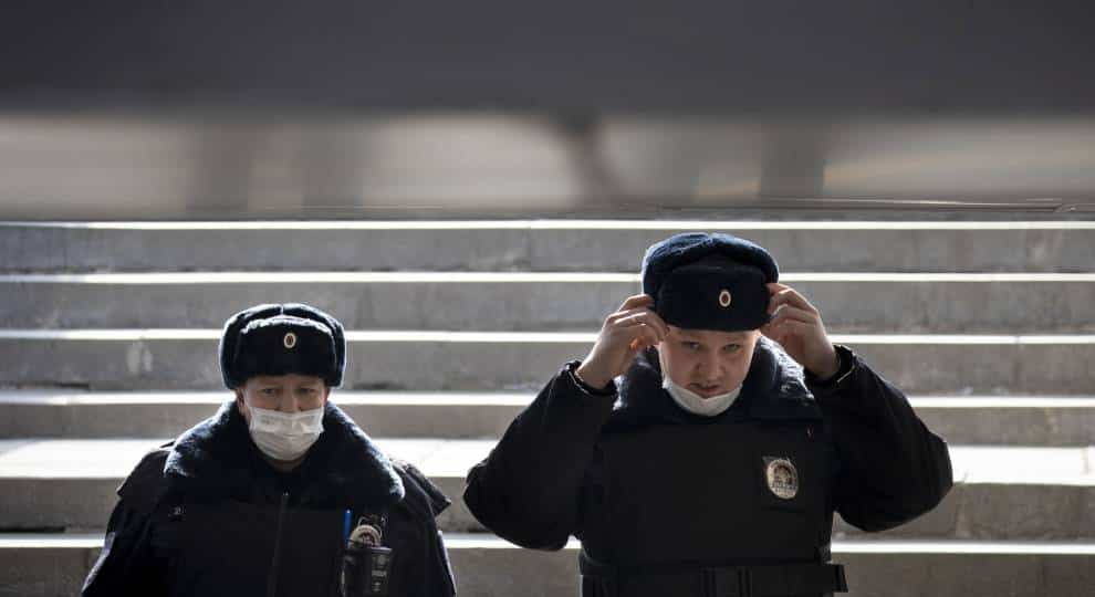 Putin Warns That Russia's COVID-19 Pandemic Is Getting Worse