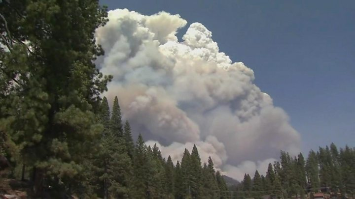 california wildfires hikers rescued as blazes rage 1