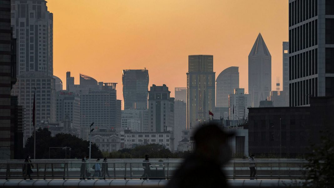 chinas central bank faces tricky balance to support liquidity