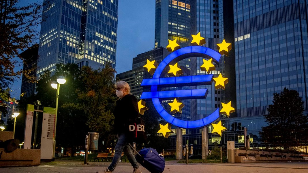 eu sets out plans to curb reliance on dollar in post trump era